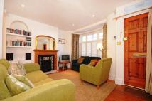 3 bedroom Flat to rent in Lefroy Road, W12