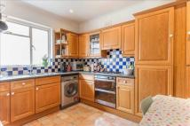 3 bedroom house to rent in Walmer Road, W11