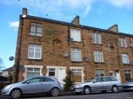 Flat to rent in Union Road, Camelon...