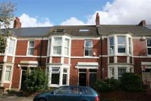 2 bedroom Flat in Doncaster Road...