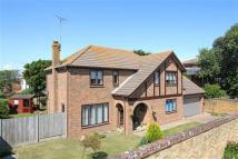 5 bedroom Detached house for sale in Kingsgate Avenue...