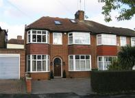 4 bed property in The Vale, Woodford Green...