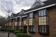 Flat for sale in Connaught Court...