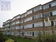 1 bed Flat in Queenswood Gardens...