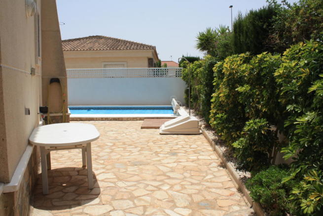 3 bedroom Detached villa in Pinar de Campoverde, Alicante