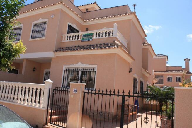 2 bedroom Quad villa in Torre de la Horadada, Alicante