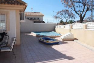 4 bedroom Detached villa in Torre de la Horadada, Alicante