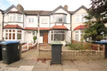 3 bedroom property in Bromley Road, London