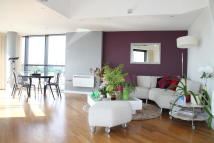 Penthouse to rent in SkylineSt. Peters Street...