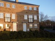 Town House to rent in Berrywood Drive, Duston