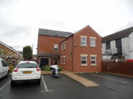 Flat in Cromer Court, Finedon