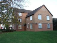Flat to rent in Kingsmead, Northampton
