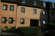 2 bed Flat to rent in Mahon Court, Glasgow, G69