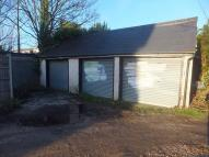 Garage in Block of 3 Garages to to rent