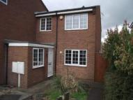 3 bed semi detached house to rent in Farm Avenue - Hucknall