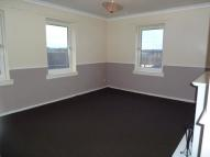 Flat in Ellangowan Terrace...