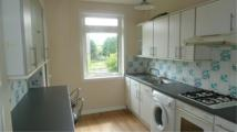 Flat to rent in Paradykes Avenue...