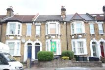 Ground Flat for sale in WENDOVER ROAD...
