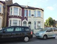 3 bed house for sale in CROWNHILL ROAD...