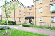 Ground Flat to rent in PICKARD CLOSE, London...
