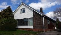 2 bedroom Detached house in Southfield Close...