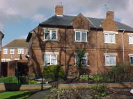 3 bed semi detached home in Appian Place, Low Fell...