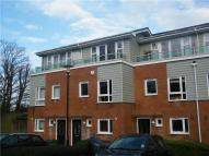 Town House to rent in St. Johns Close...