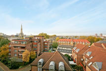 Flat for sale in Stuart House...