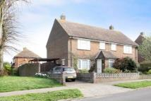 2 bedroom semi detached house in Angmering, West Sussex