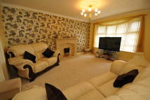 4 bedroom house to rent in Ashdown Close, Coventry...