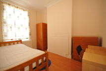 Terraced house to rent in Charterhouse Road...