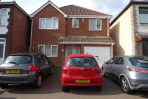 1 bed Detached house in Torrington Avenue...