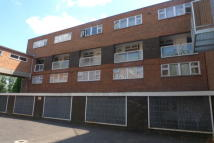 St John Tofts House Flat to rent
