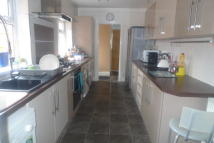 4 bed Terraced house to rent in Edward Street, Nuneaton...