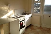 Flat to rent in Albany Road, Earlsdon...