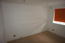 2 bedroom Ground Flat to rent in Plender Street, London...