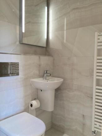 Ensuite to Bedroom Two
