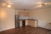 Apartment to rent in Plumstead Road, London...