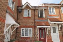 2 bed property to rent in Chart Hills Close...