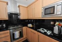 2 bed Apartment to rent in Bloomfield Road, London...