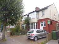 Flat to rent in One Bed Flat, Dallow Road