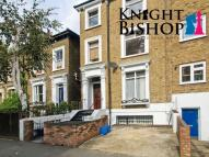 1 bedroom Apartment to rent in Richmond Road, Hackney