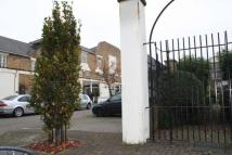 2 bed property to rent in Sutton Square...