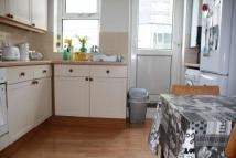 2 bedroom Flat to rent in Barnabus Road, Homerton