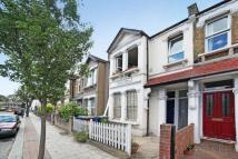 Terraced house for sale in Ivydale Road, Nunhead