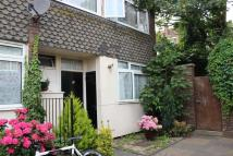 4 bed property to rent in Oriel Road, Homerton
