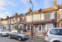Clarence Road Terraced property to rent
