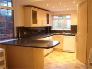 5 bed Terraced house to rent in Caerleon Road...