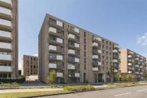 2 bedroom Flat to rent in Parkside Court...