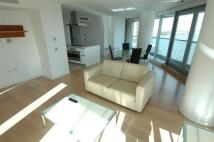 3 bed Flat to rent in New Providence Wharf...